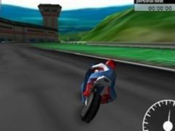 Bild zu Rennen-Spiel Superbike