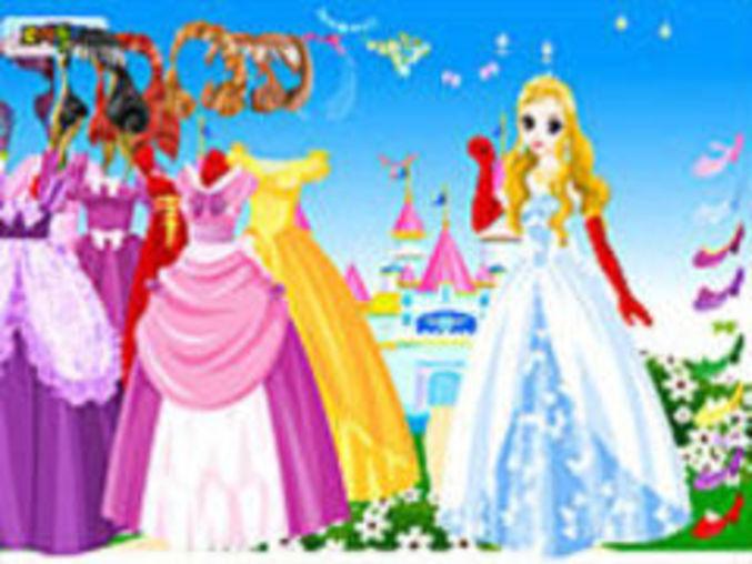Wonderland Gown Dressup