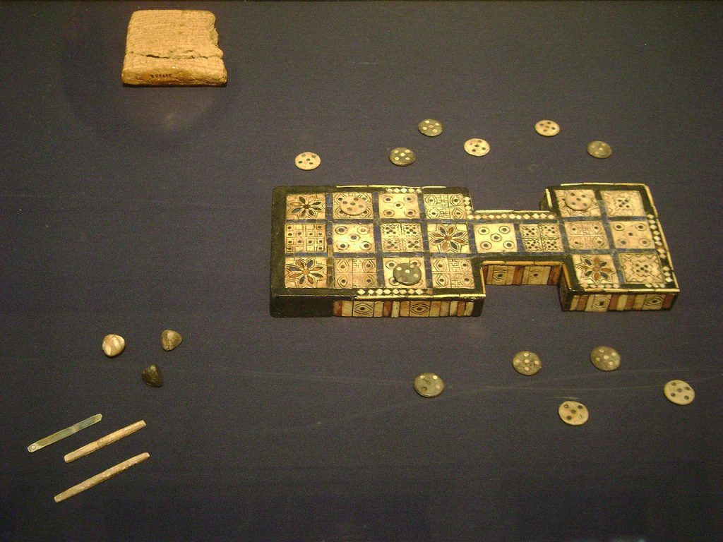 Königsspiel von Ur, Spiel der zwanzig Quadrate, 2.600 v. Chr.