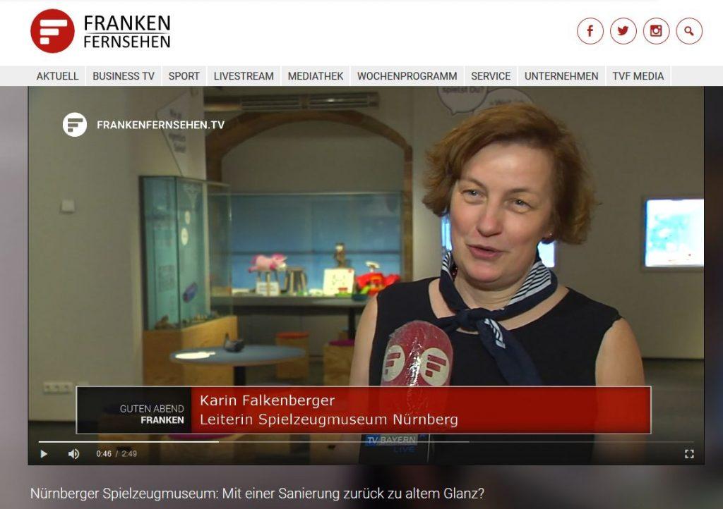 Karin Falkenberg vom Spielzeugmuseum Nürnberg