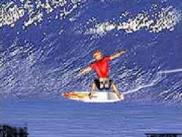 Bild zu Rennen-Spiel Wipeout - Surfer