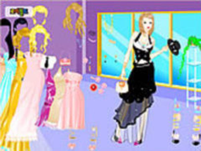 Chic Gown DressUp
