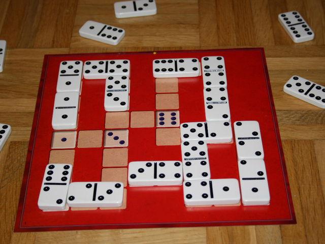Domino Knobelspaß Bild 1