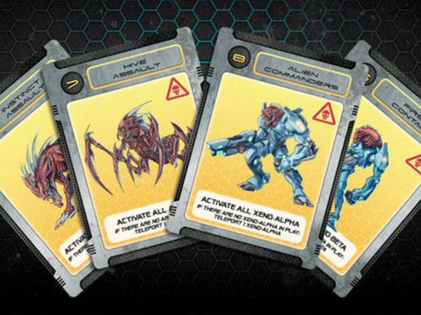 Bild zu Alle Brettspiele-Spiel Galaxy Defenders: Close Encounter Danger Variant Cards