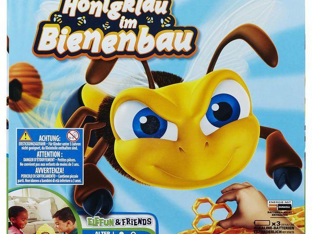 Honigklau im Bienenbau Bild 1